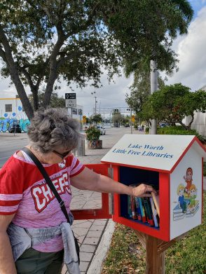Lots of lending libraries in Lake Worth